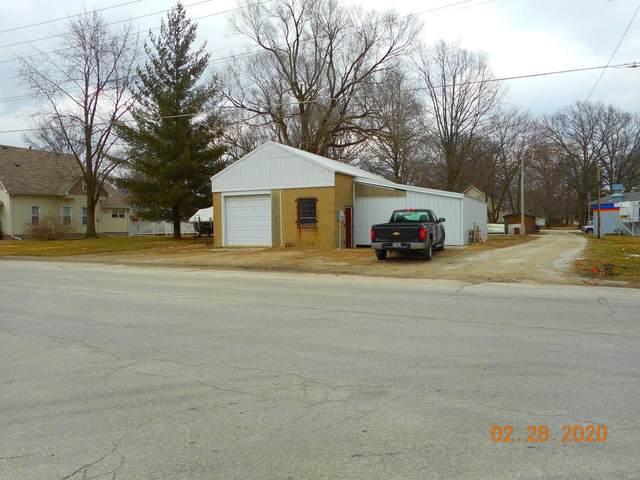 500 N Spruce Street, NOKOMIS, IL 62075 (#20012948) :: Fusion Realty, LLC