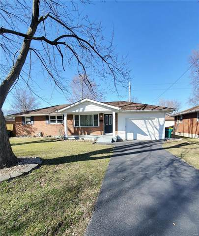 2573 Lynch Avenue, Granite City, IL 62040 (#20013840) :: The Becky O'Neill Power Home Selling Team