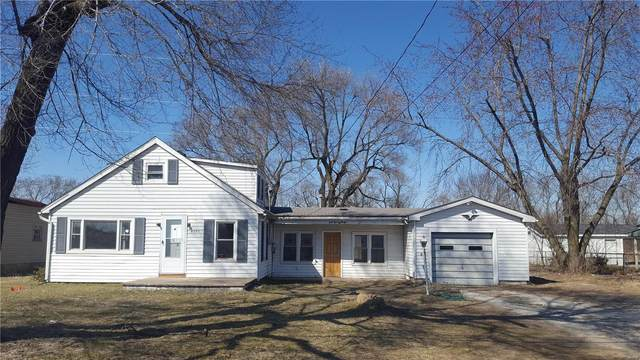 4385 State Route 162, Pontoon Beach, IL 62040 (#20014487) :: Tarrant & Harman Real Estate and Auction Co.