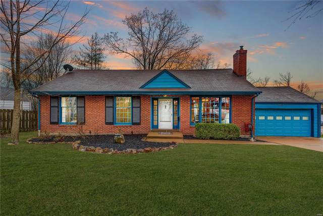 12022 Old Big Bend, St Louis, MO 63122 (#20016643) :: The Becky O'Neill Power Home Selling Team