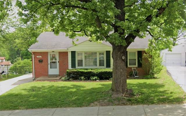 2008 W Adams Street, Saint Charles, MO 63301 (#20017028) :: Kelly Hager Group | TdD Premier Real Estate