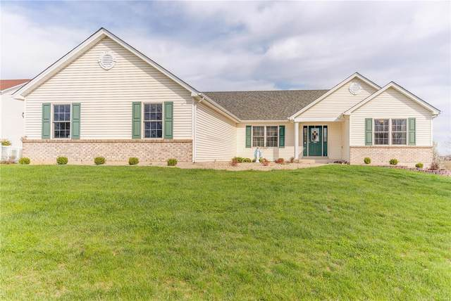 1038 Highland Estates Drive, Wentzville, MO 63385 (#20017297) :: Kelly Hager Group | TdD Premier Real Estate