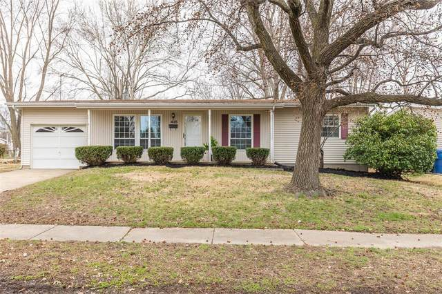 425 Humes, Florissant, MO 63031 (#20017562) :: St. Louis Finest Homes Realty Group