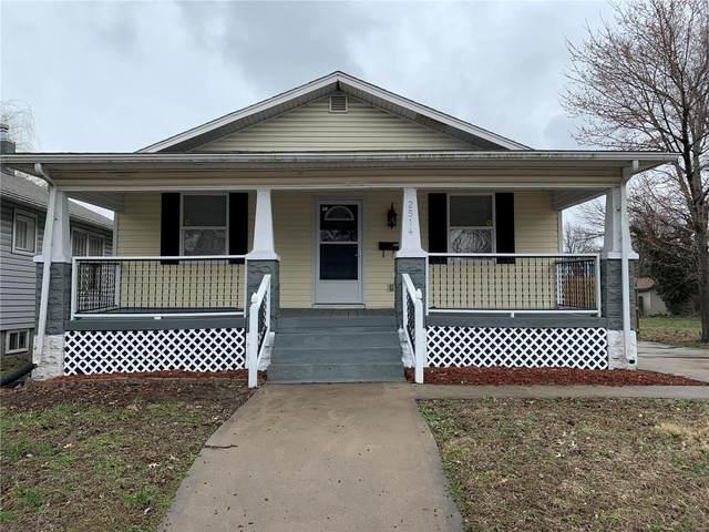 2514 Hodges Avenue, Granite City, IL 62040 (#20018534) :: Hartmann Realtors Inc.