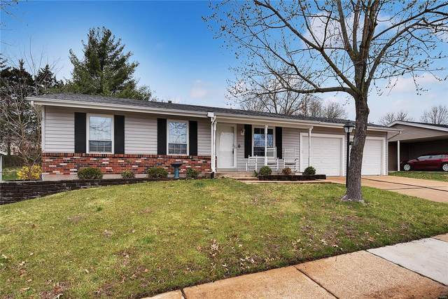 667 Green Hedge Drive, Fenton, MO 63026 (#20018545) :: The Becky O'Neill Power Home Selling Team