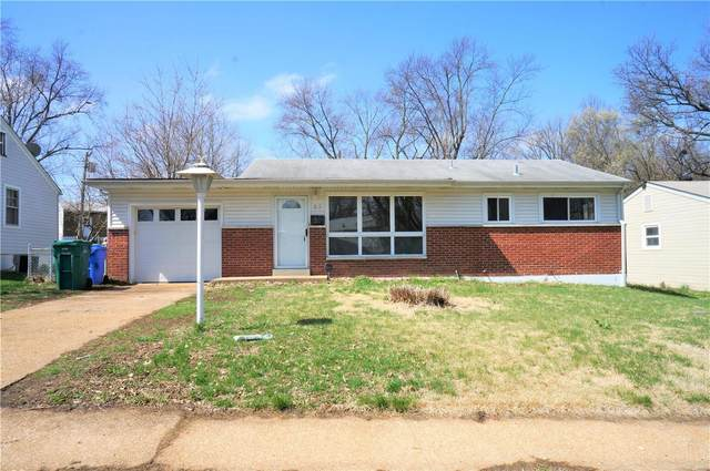25 Lynn Meadows Lane, Florissant, MO 63033 (#20019628) :: St. Louis Finest Homes Realty Group