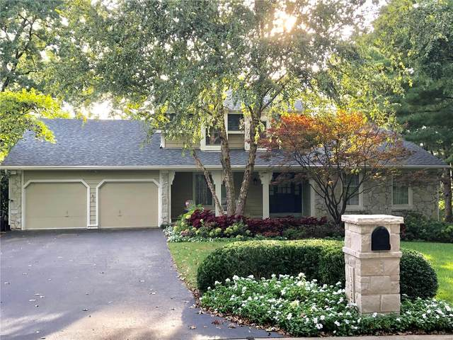 13242 Pinetree Lake Drive, Town and Country, MO 63017 (#20019662) :: St. Louis Finest Homes Realty Group