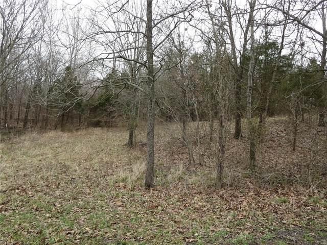 612 Castle Oaks, Pittsburg, IL 62974 (#20019843) :: Kelly Hager Group   TdD Premier Real Estate
