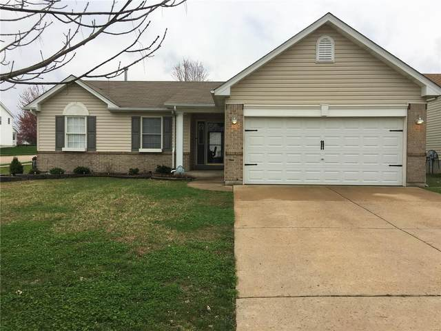 303 Centerfield, O'Fallon, MO 63366 (#20020021) :: Kelly Hager Group | TdD Premier Real Estate