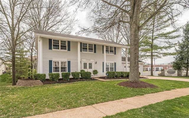 15988 Country Ridge Drive, Chesterfield, MO 63017 (#20020583) :: Kelly Hager Group | TdD Premier Real Estate