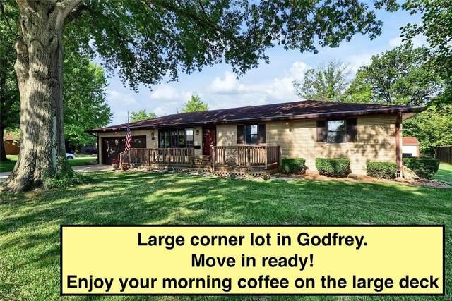 4922 Hill Drive, Godfrey, IL 62035 (#20020765) :: Clarity Street Realty