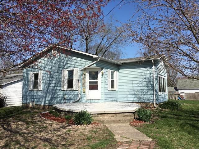 510 S Harrison Street, LITCHFIELD, IL 62056 (#20021030) :: Fusion Realty, LLC