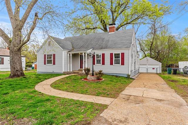 11630 Raymond Avenue, St Louis, MO 63138 (#20021261) :: The Becky O'Neill Power Home Selling Team