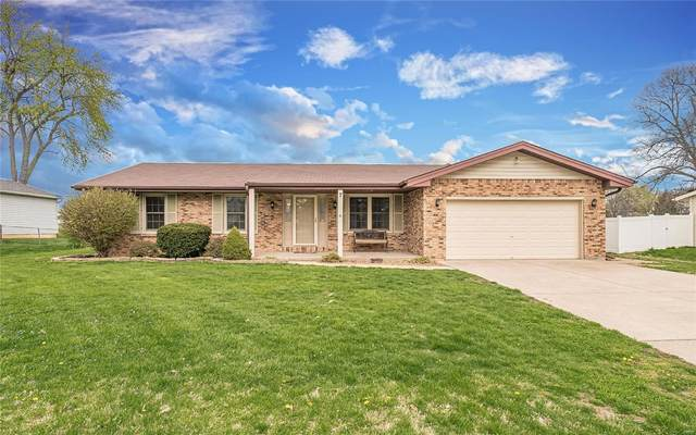 7 Clara Avenue, Saint Peters, MO 63376 (#20021797) :: Kelly Hager Group | TdD Premier Real Estate