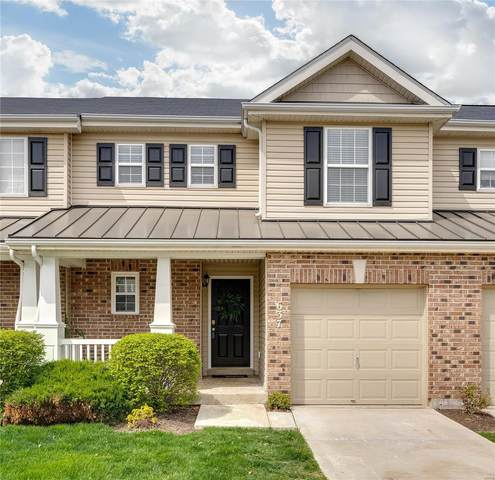 637 Country Village Drive, Lake St Louis, MO 63367 (#20022747) :: Realty Executives, Fort Leonard Wood LLC