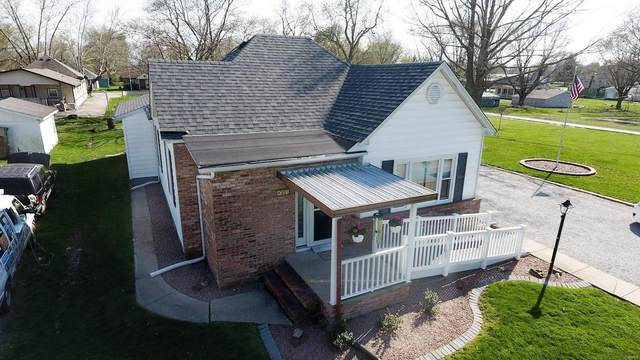 301 Mine Road, SAWYERVILLE, IL 62085 (#20023204) :: RE/MAX Professional Realty