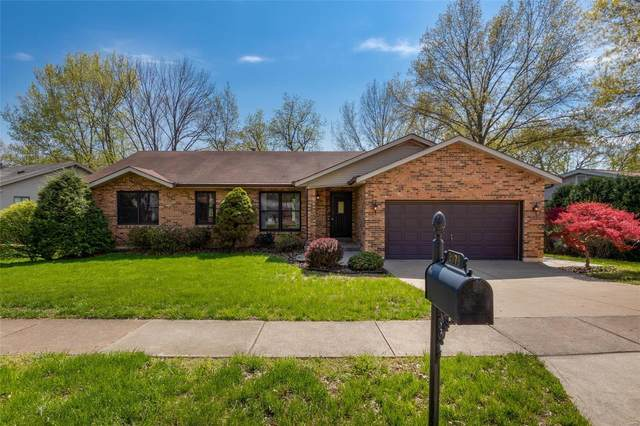 2878 Spring Water Drive, St Louis, MO 63129 (#20024174) :: Kelly Hager Group | TdD Premier Real Estate