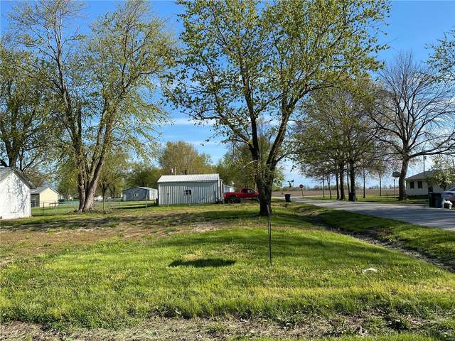 307 Broadway, Center, MO 63436 (#20025144) :: The Becky O'Neill Power Home Selling Team