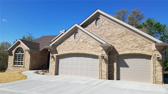6012 Tara Ct, Collinsville, IL 62234 (#20026248) :: Tarrant & Harman Real Estate and Auction Co.