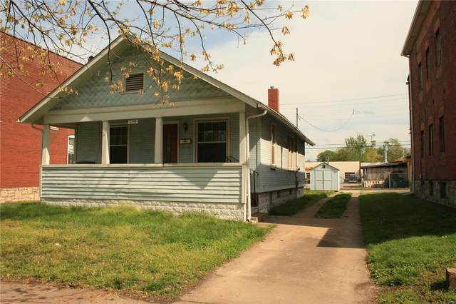 2246 Grand Avenue, Granite City, IL 62040 (#20026338) :: The Becky O'Neill Power Home Selling Team