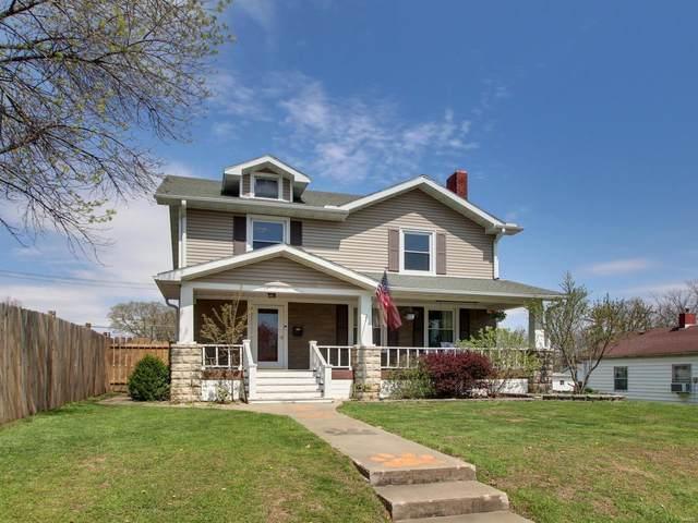 210 E Ross, Palmyra, MO 63461 (#20026458) :: The Becky O'Neill Power Home Selling Team