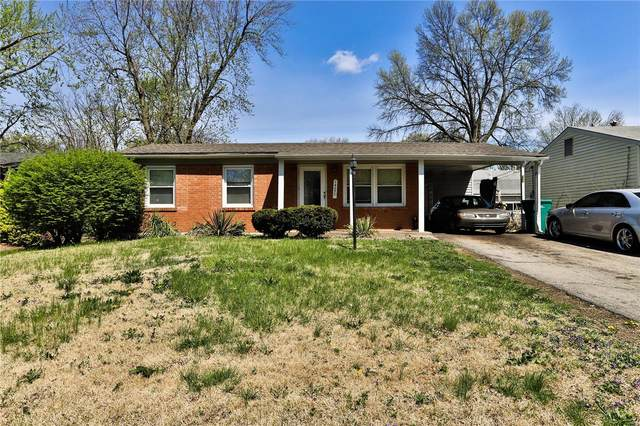 1427 Reale Avenue, St Louis, MO 63138 (#20026864) :: Clarity Street Realty