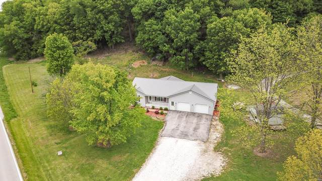 18160 State Highway 100, FIELDON, IL 62031 (#20027119) :: Tarrant & Harman Real Estate and Auction Co.