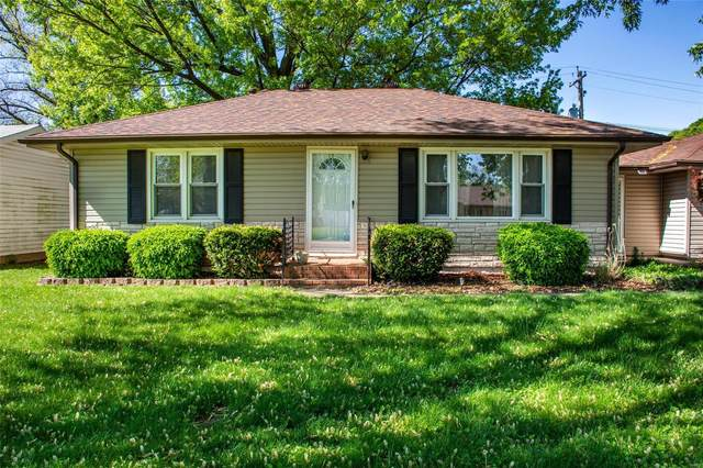 313 W Lincoln Avenue, Caseyville, IL 62232 (#20027322) :: Tarrant & Harman Real Estate and Auction Co.