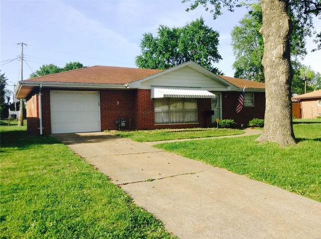 5 Queensway Drive, Belleville, IL 62226 (#20028592) :: Fusion Realty, LLC