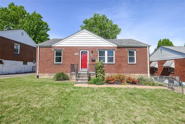 9837 Huntingdon Lane, St Louis, MO 63123 (#20028783) :: Kelly Hager Group | TdD Premier Real Estate