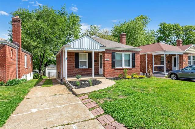 6829 Plateau Avenue, St Louis, MO 63139 (#20029876) :: Kelly Hager Group | TdD Premier Real Estate