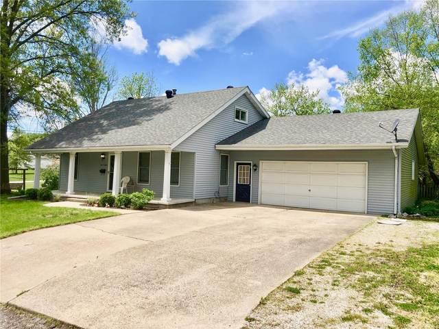 408 S Oak Street, CARLINVILLE, IL 62626 (#20030781) :: Tarrant & Harman Real Estate and Auction Co.