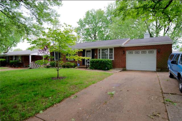 1970 Caposele Lane, Hazelwood, MO 63042 (#20030823) :: St. Louis Finest Homes Realty Group