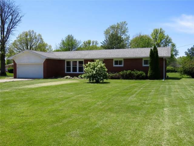 700 W Oak, GILLESPIE, IL 62033 (#20030827) :: Matt Smith Real Estate Group