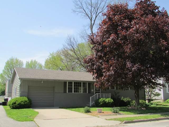202 Doerr Street, Roxana, IL 62084 (#20031048) :: Walker Real Estate Team