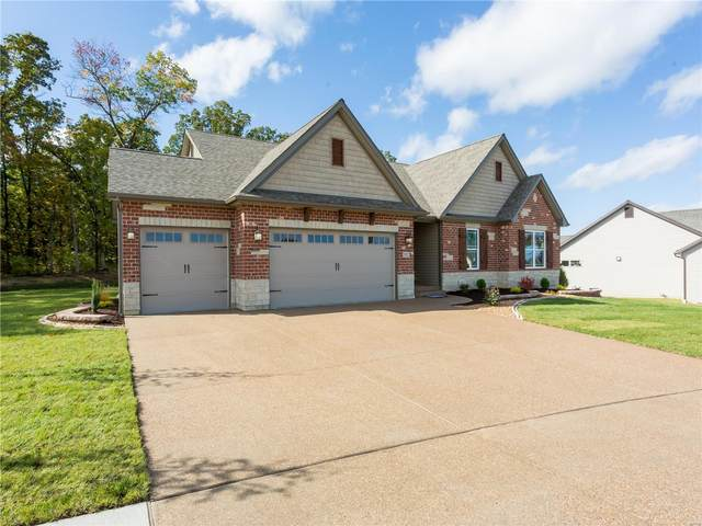 513 Stonewolf Creek Drive, Wentzville, MO 63385 (#20031673) :: Kelly Hager Group | TdD Premier Real Estate