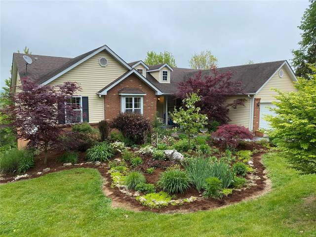 1227 Black Forest Dr West, Hermann, MO 65041 (#20031946) :: The Becky O'Neill Power Home Selling Team