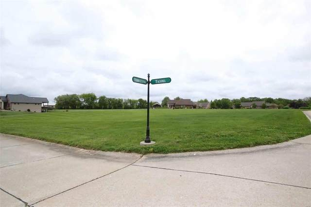 100 Tacoma, Highland, IL 62249 (#20032160) :: The Becky O'Neill Power Home Selling Team