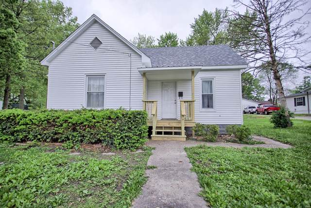 628 W Pearl Street, STAUNTON, IL 62088 (#20032286) :: Tarrant & Harman Real Estate and Auction Co.