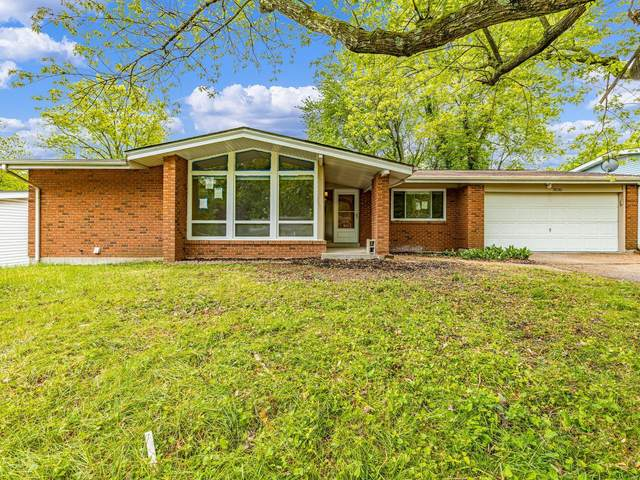 3530 Hambletonian Drive, Florissant, MO 63033 (#20032362) :: Matt Smith Real Estate Group