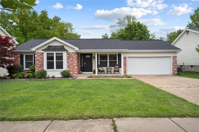 2516 Rain Forest Drive, Wildwood, MO 63011 (#20032559) :: Kelly Hager Group | TdD Premier Real Estate