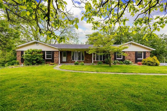 1208 South Clinton Road, Caseyville, IL 62232 (#20032753) :: Kelly Hager Group | TdD Premier Real Estate
