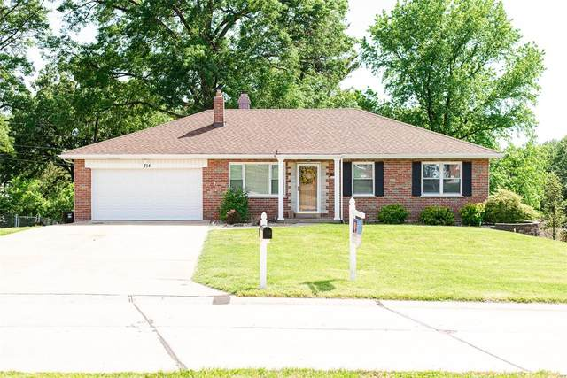 714 Kaywood Lane, St Louis, MO 63129 (#20032837) :: The Becky O'Neill Power Home Selling Team