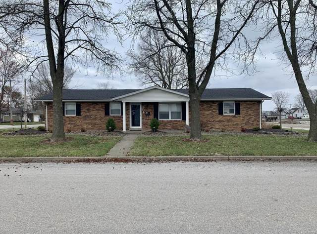 504 S Main, TRENTON, IL 62293 (#20032888) :: The Becky O'Neill Power Home Selling Team