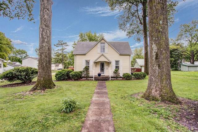 512 W Carpenter Street, Jerseyville, IL 62052 (#20032943) :: Tarrant & Harman Real Estate and Auction Co.