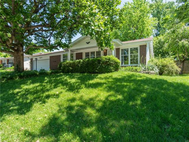 3012 Headland, Saint Charles, MO 63301 (#20033047) :: Parson Realty Group