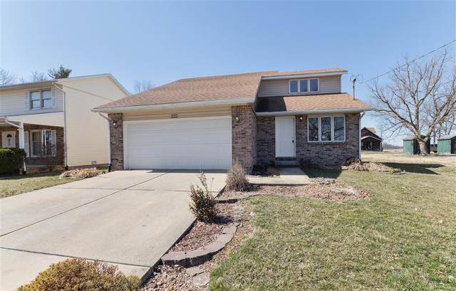 331 Whispering Oaks Drive, Bethalto, IL 62010 (#20033322) :: Tarrant & Harman Real Estate and Auction Co.