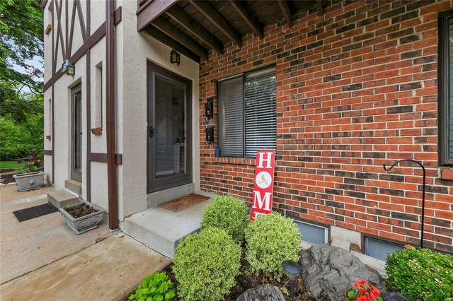 321 Barrington Square C, St Louis, MO 63122 (#20033355) :: Kelly Hager Group | TdD Premier Real Estate