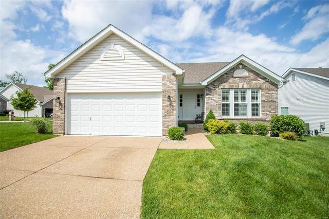 10 Ellington Oaks Court, Saint Peters, MO 63376 (#20033547) :: The Becky O'Neill Power Home Selling Team