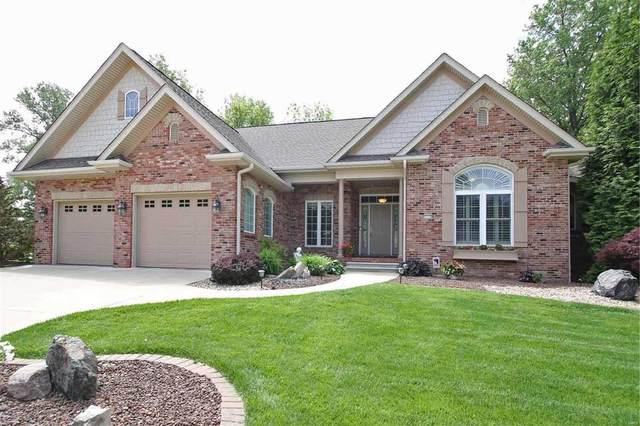 1115 White Oak Trail, Godfrey, IL 62035 (#20033845) :: Kelly Hager Group   TdD Premier Real Estate